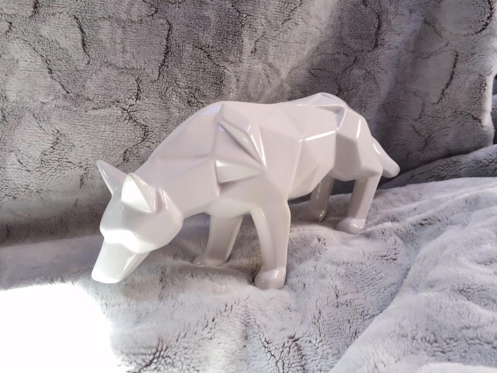 Alinéa, loup blanc
